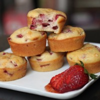 strawberry-olive oil muffins recipe