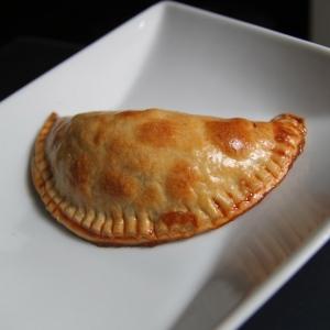 baked_empanada_whole